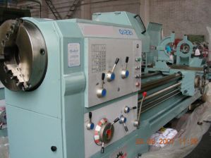 CNC Oil Country Lathe (Q1221) pictures & photos