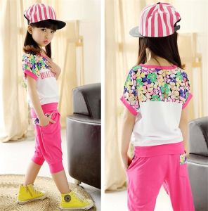 Girl′s Beautiful Fiower Printing Sports Casual Suit in Summer pictures & photos