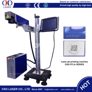 Production Line Flying Fiber Laser Marking Machine for Autoparts Metal pictures & photos