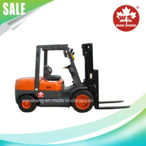 High Performance Load Capacity 4 Ton Gasoline Forklift Truck pictures & photos
