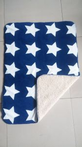 100% Polyester Printed Sherpa Fleece Throw -Star pictures & photos