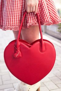 2017 New Fashion Wonan Heart Hand Bag (BDMC112) pictures & photos