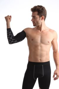 New Design Sports Gym Support Brace Cooper Elbow Sleeve pictures & photos