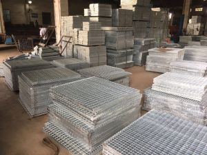 Customized Steel Bar Floor Grating pictures & photos
