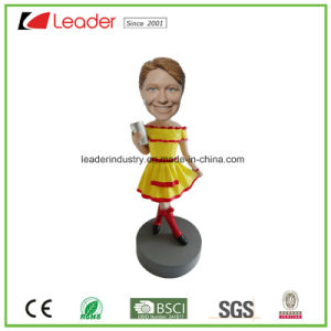 Resin Customized Bobbleheads Figurine for Promotional Gifts pictures & photos