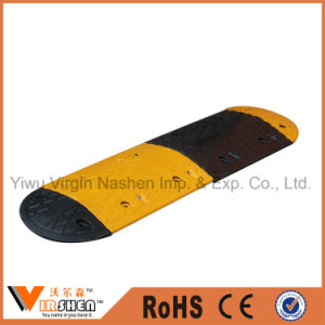 Road Rubber Speed Bumps Traffic Safety Road Speed Hump pictures & photos