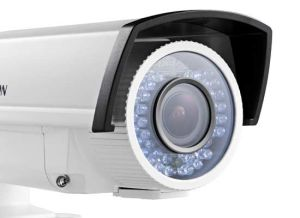 HD720p Low-Light Vari-Focal IR Bullet Camera (DS-2CE16C5T-VFIR3) pictures & photos