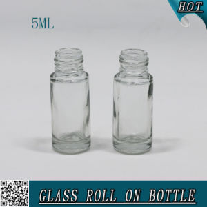 5ml Cylinder Clear Roll on Glass Perfume Bottle Cosmetics pictures & photos