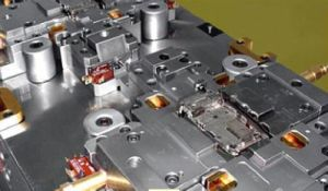 Auto Plastic Parts Mold Mould Tooling pictures & photos