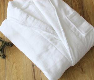 High Quality 100% Cotton Hotel Soft Cut Pile Bathrobe pictures & photos