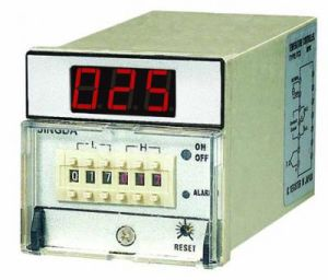 Pid Temperature Controller with Cheap Factory Price pictures & photos