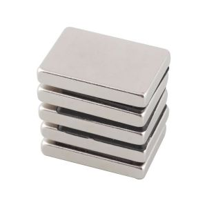 NdFeB Rare Earth Magnets N35 Block NdFeB Magnet pictures & photos