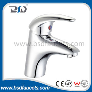 Wholesale Popular Single Lever Deck Mounted Chrome Plated Basin Faucet pictures & photos