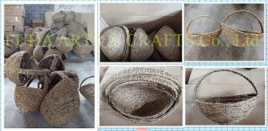 Red Rattan & Green Lattice Round Basket pictures & photos