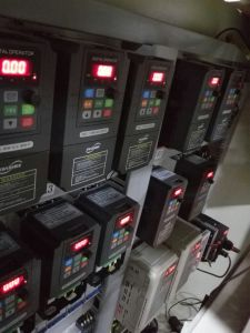 Yx3000 V/F Control VFD 0-500Hz/ 3 Phase 415V Input pictures & photos