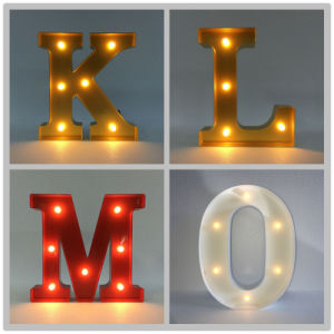 Wooden Light up Sign LED Marquee Letter Alphabet Lights with English Letters pictures & photos
