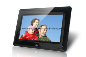 7inch TFT LCD USB SD Card Digital Photo Frame (HB-DPF703A) pictures & photos