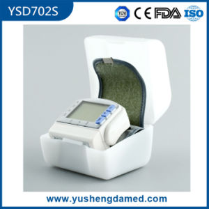 Ce Certificated Electronic Blood Pressure Monitor Ysd702s pictures & photos