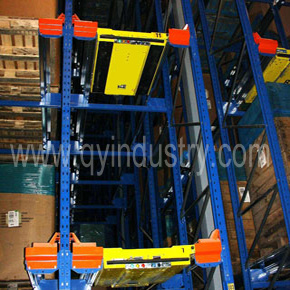 Warehouse Tunnel Racking with Pallet Runner pictures & photos