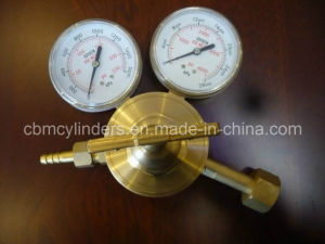 Compressed Gas Regulator for Oxygen/Acetylene/LNG/N2 Uses pictures & photos