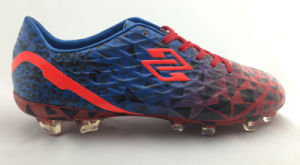 Newest Outdoor Teerdrop Football Train Shoes pictures & photos