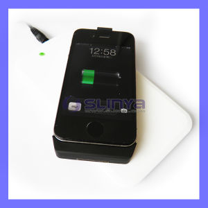 Universal Portable Qi Wireless Mobile Phone Charger for Samsung Galaxy iPhone pictures & photos
