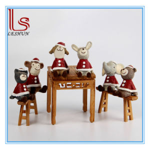 Christmas Gift Cute Cartoon 6 PCS Red Christmas Zakka Resin Animal Doll pictures & photos