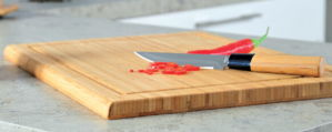 Bamboo Chopping Cutting Board Hb2203 pictures & photos