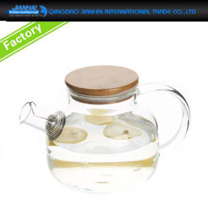 800ml Clear Glass Water Tea Pitcher with Bamboo Lids pictures & photos