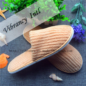 Good Quality for Coral Fleece Home Slippers/Hotel Slippers pictures & photos