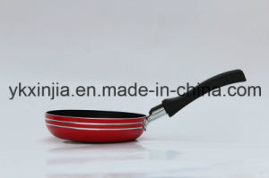 Kitchenware 12cm Aluminum Kitchenware Frying Pan pictures & photos