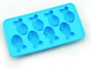 Hot Selling Durable Creative Various Shaped Silicon Ice Trays pictures & photos