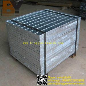 Hot Dipped Galvanized Stainless Steel Drainage Platform Floor Walkway Stair Serrated Flat Bar Grating pictures & photos
