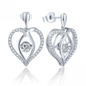 Fashion Jewelry 925 Stud Earrings Heart Shape with Dancing Stone pictures & photos