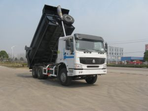 Sinotruk HOWO 6X4 Tipping Truck of 371HP Euro II pictures & photos