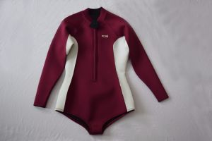 Customized Woman′s Sexy Neoprene Spearfishing Durable Diving Clothes Wetsuit pictures & photos