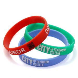 Custom Colourful Sport Qr Code Silicone Bracelet pictures & photos