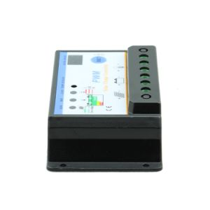 12V 24V 30A Solar Battery Regulator for Solar System Home Indoor Use S30I pictures & photos