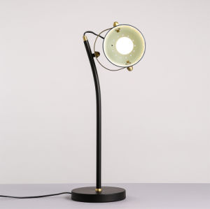 Simple Creative Table Lamp with American Art pictures & photos