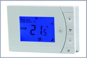 7 Day Programmable Heat Pump Digital Temperature Controller Thermostat (HTW-31-F13) pictures & photos