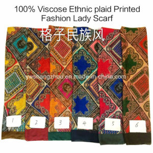 100% Viscose Hot Sale Fashion Ladies Ethnic Plaid Printed Scarf pictures & photos
