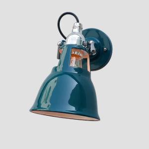 High-Quality Vintage Style Enamel Wall Lamp - Malachite Green