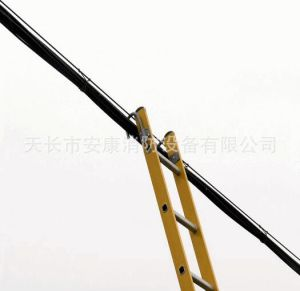 Self-Supporting Aluminum Domestic Hard Ladder pictures & photos