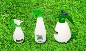 Agricultural Tools Garden Backpack Sprayer 12L Manual Knapsack Pressure Sprayer pictures & photos