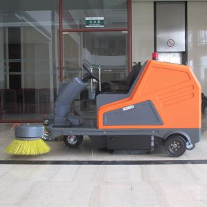 Ce Approve High Efficient Electric Road Sweeper (DQS18) pictures & photos