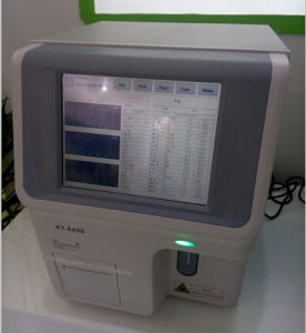 Lab Blood Cell Counter/Hematology Analyzer pictures & photos