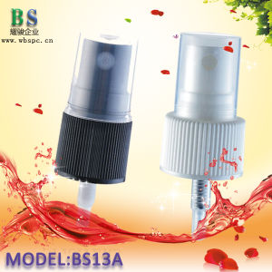 20mm Ribbed Plastic Fine Mist Sprayer with Half Transparent Cover pictures & photos