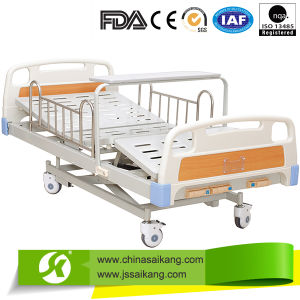 New Design One Cranks Funcitonal Manual Bed pictures & photos