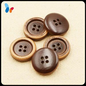 High End Nature Four Holes Round Wood Garment Button pictures & photos