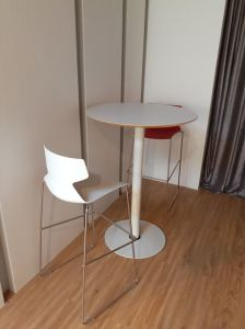 Modern Design Bar Furniture Stacking Stainless Steel Bar Chair pictures & photos